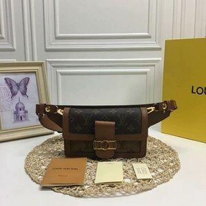 Louis Vuitton Fanny Pack Check Description